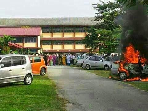 GAMBAR: Hanya Mampu Lihat Kereta Cikgu Hangus Terbakar