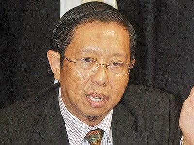 Bekas MB Perak Didakwa Fitnah Najib