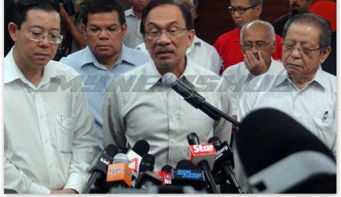 Saari Sungib Ugut Keluar Parti Jika PAS Terus Sokong Khalid Ibrahim