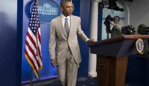 VIDEO: Obama 'Buang Tebiat' Pakai Sut Cerah?