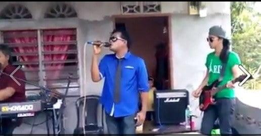 VIDEO: Mamat Suara 'Halus' Nyanyi Lagu Hindustan…