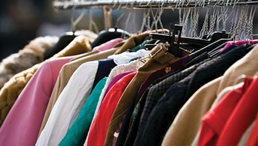 Cara Memanfaatkan Pakaian Lama Anda