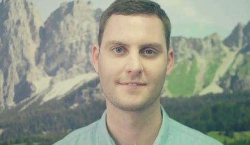 Video: Iklan Merdeka Maxis Yang Cute!