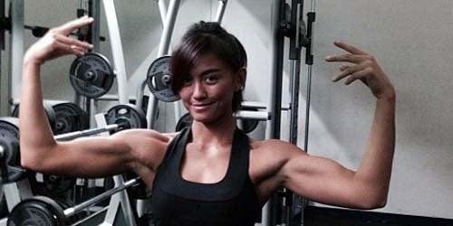 GAMBAR: Agnes Monica Sudah Berubah Jadi Gadis 'Sado'…
