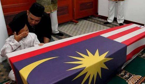 Tangisan Anak Pramugari MH17, Allahyarham Mastura Mustafa…