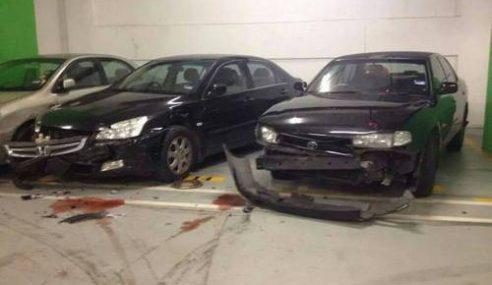 GAMBAR: Akibat Mabuk… Pemandu Rempuh Kereta Di Parkir