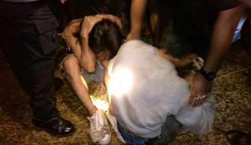 GAMBAR: Pencuri Ditangkap Orang Kampung Sedang Lapah Lembu