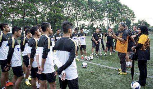 Skuad Bola Sepak Negara Mampu Mara Ke Suku AKhir