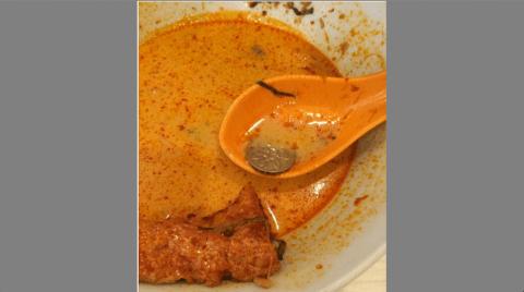 Pelanggan Singapura – 'Tak Mahu Budaya Makanan Kotor China'