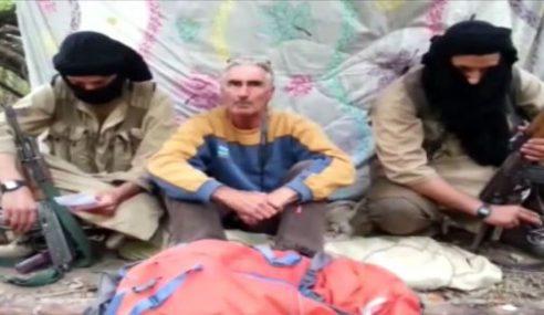 Kumpulan IS Ancam Bunuh Tebusan Perancis Di Algeria