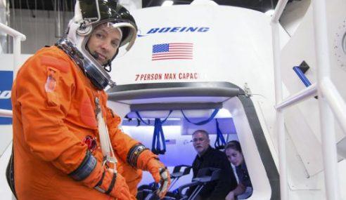 Boeing, SpaceX Dapat Kontrak Bina 'Teksi Angkasa' NASA