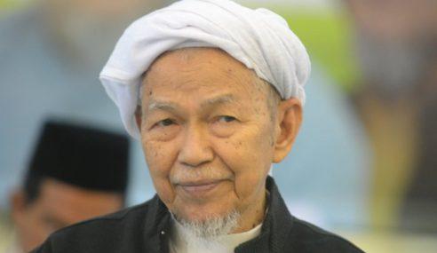 Nik Aziz Sokong Penggantungan Dua Adun Pas Selangor