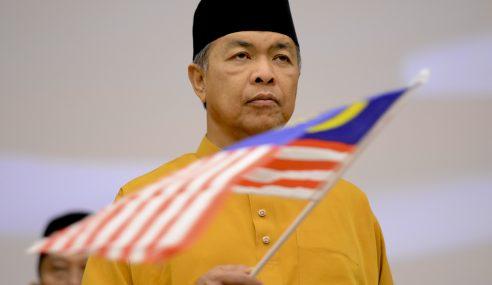 """"""" Saya Bukan Perkauman, Cuma Tegakkan Hak Melayu """" – Zahid"""