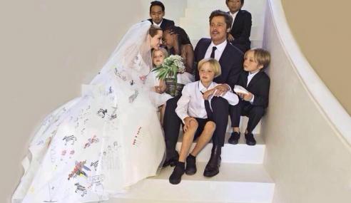 Gambar Perkahwinan Angelina Jolie Dan Brad Pitt