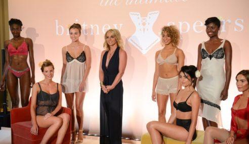 Britney Spears Nak Kate Middelton Pakai Pakaian Dalam Rekaannya
