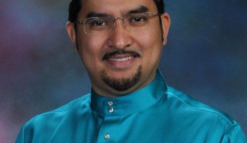 Dr Asyraf Minta Kerajaan Kaji Semula Kenaikan Harga RON95