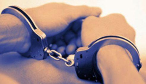 Wanita Bersekedudukan Punyai 5 Orang Anak Ditahan