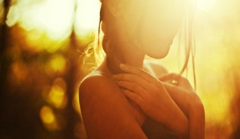 Selebriti Wanita Popular Jalin Hubungan Dengan Suami Orang?