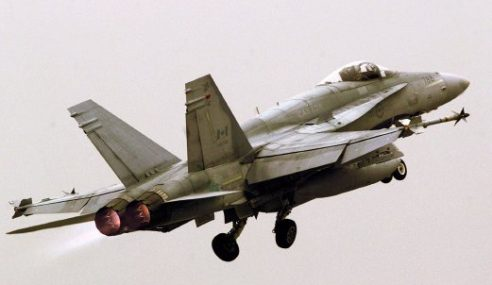 Jet Pejuang Kanada Lancar Serangan Pertama Terhadap IS