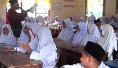 Elaun Guru Kafa Naik Dalam Masa Terdekat – Exco Pahang