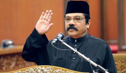 Ibrahim Abu Shah Angkat Sumpah Jawatan Senator