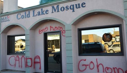 Kisah Masjid Yang Dicemari Gejala Vandalism Di Kanada