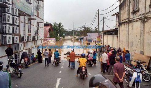 Tips Menghadapi Musim Banjir & Maklumat Di Sesetengah Kawasan