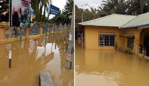 Hujan Lebat Cetus Banjir Kilat Di Klang