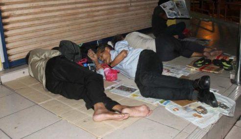Gelandangan: Masjid Negara Pertimbang Ikut Kesesuaian
