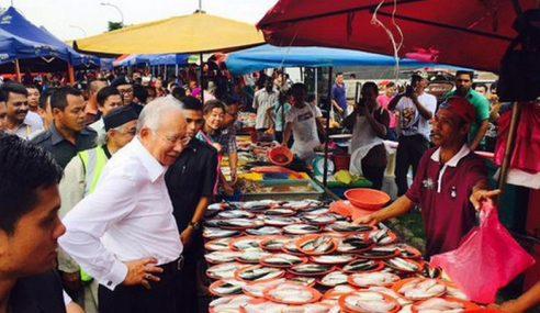 Najib Turun Padang, Pergi Pasar Malam Sri Serdang