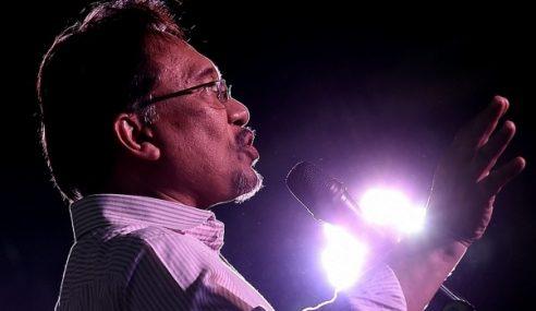 Anwar Tidak Akan Terima Layanan 5 Bintang Di Penjara