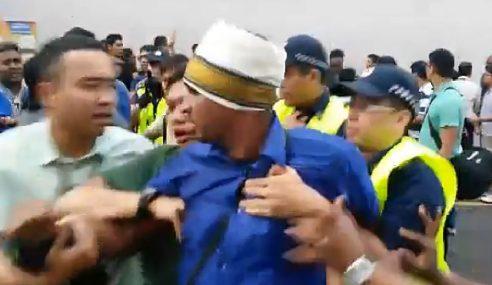 Isu Thaipusam, 2 Ditahan Akta Hasutan Singapura