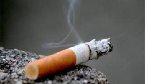 Feri Diselubungi Asap Kerana Puntung Rokok
