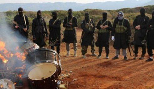 IS Bakar Peralatan Muzik Di Gurun Libya Kerana Tidak Islam