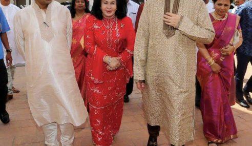 Najib Hadir Resepsi Kahwin Anak Menteri Kesihatan