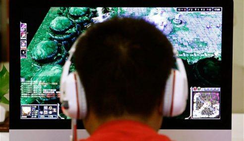 Akibat Ketagihan Internet, Remaja Potong Tangan
