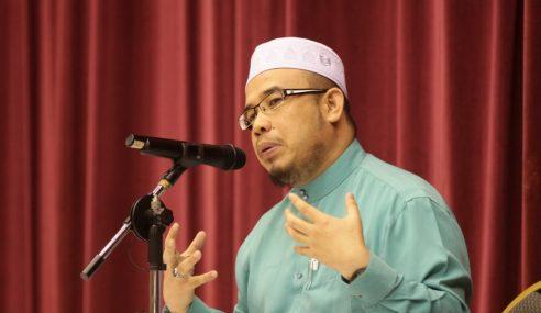 Mufti Tempelak Air Jampi Boleh Ubah Perangai Jadi Baik