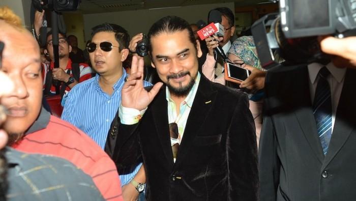 Awie Gagal Tuntut RM1 Juta Dari Rozana Misbun
