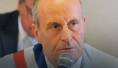 Datuk Bandar Gesa Perancis Haramkan Agama Islam