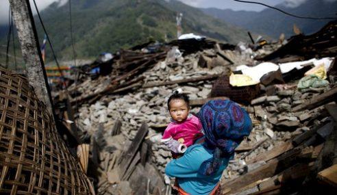 Gempa Bumi Nepal: 7,040 Disahkan Terkorban Setakat Ini
