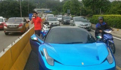 Malang! Sudahlah Ferrari Habis Minyak, Pemandu Dapat 2 Saman