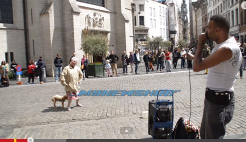 VIDEO: Hebat.. Nenek Tunjuk Skill Menari Depan Orang Ramai