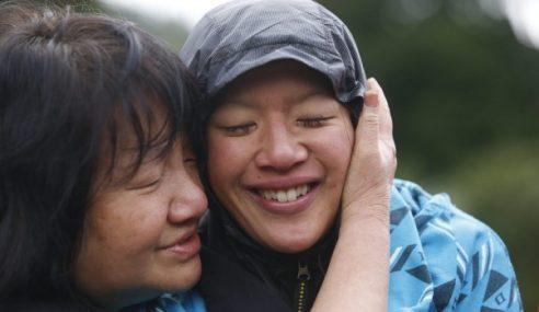 Sesat Di Hutan, Wanita Terpaksa Minum Air Susu Sendiri