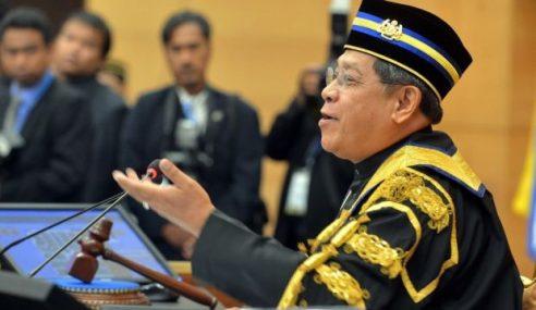 Masih Speaker Dewan, Pandikar Nafi Kenyataan Tun M