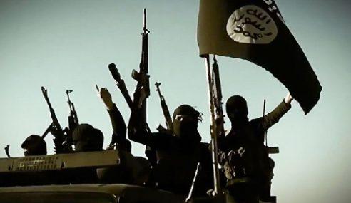 IS Dakwa Tembak Jatuh Jet Pejuang Iraq