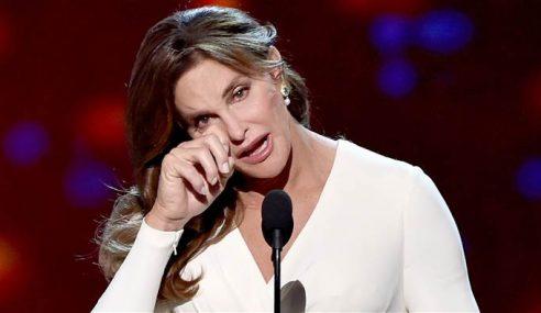 Caitlyn Jenner Terasa Diri Anggun, Tapi 'Spoil' Dek Suara Lelaki