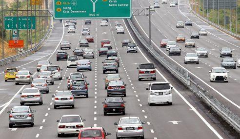 Aliran Trafik Di Lebuh Raya Utama Lancar Setakat 3 Petang