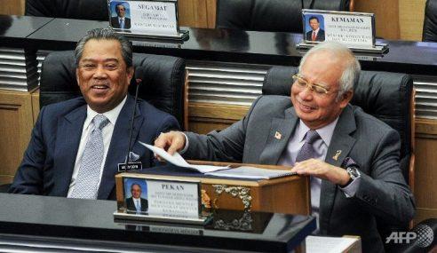 Muhyiddin, 4 Menteri Bakal Tersingkir Dari Kabinet Najib