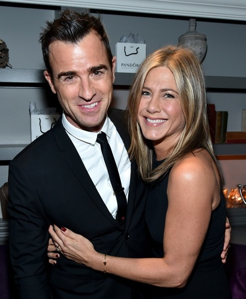 Jennifer Aniston Kahwin Justin Theroux Secara Tertutup