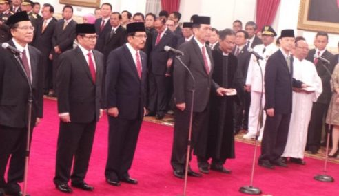 Jokowi Rombak Kabinet, Tukar 5 Menteri & Setiausaha Kabinet